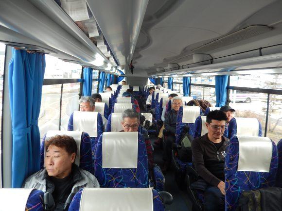 バス車内千歳