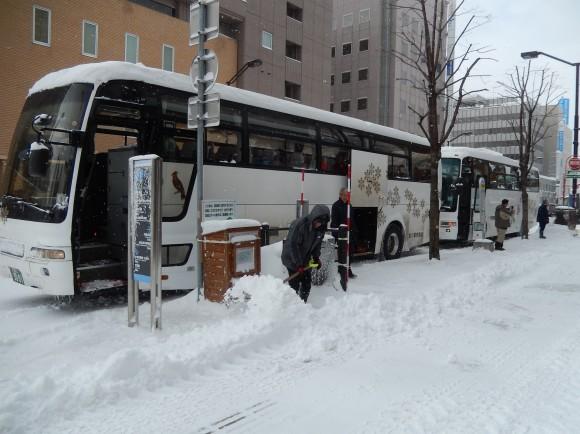 3:5バス2台